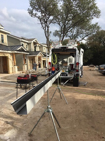 Seamless Gutters Installation - Regular Gutters vs Seamless - Gutter Tex - West Lake Hills, TX